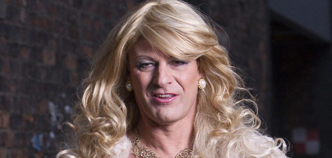 Fucking hot sucking transvestite