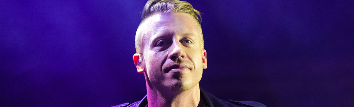 gay-icons-male-macklemore