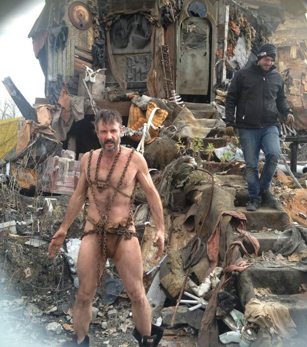 David Arquette As Barbarian Chain Man In Orion