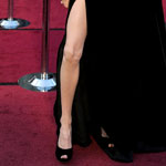 Angelina Jolie's leg on the Oscars Red Carpet