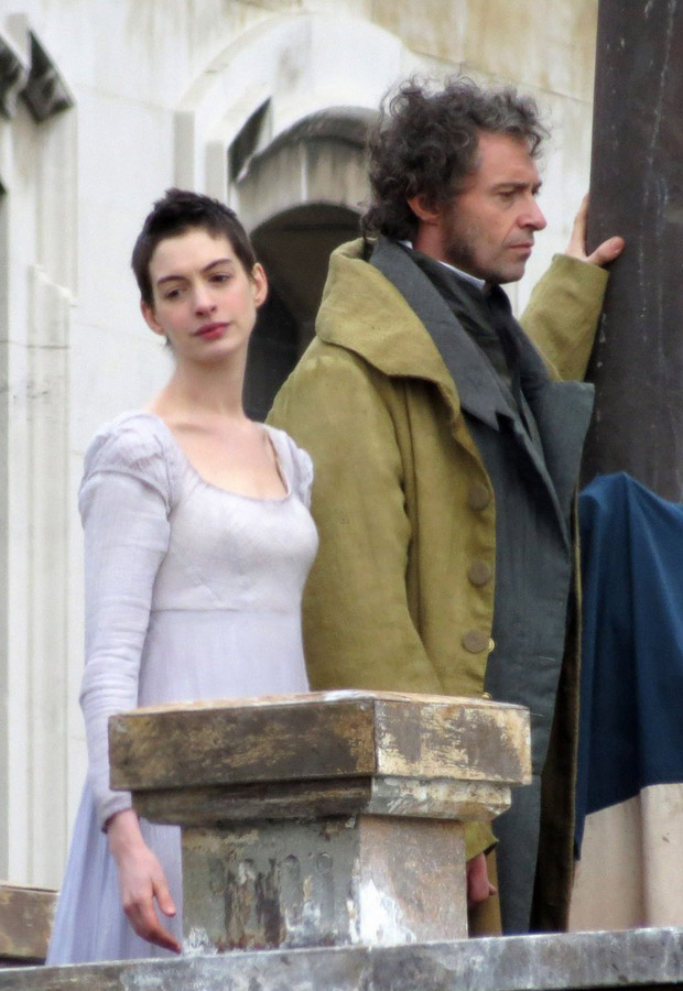 Anne Hathaway Debuts Drastically Skinny Look on Les Miserables Set