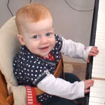 baby-playing-piano-150X150