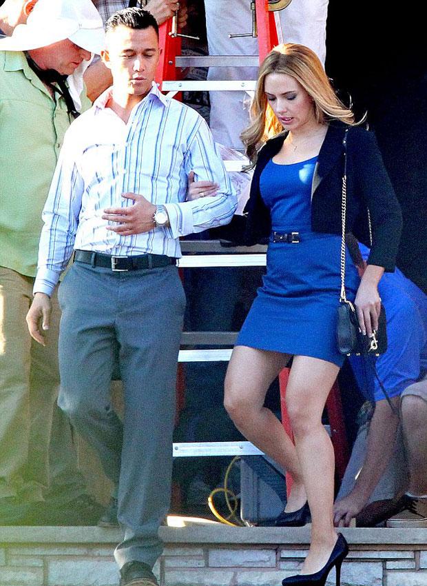 Joseph Gordon-Levitt and Scarlett Johansson in Don Jons Addiction