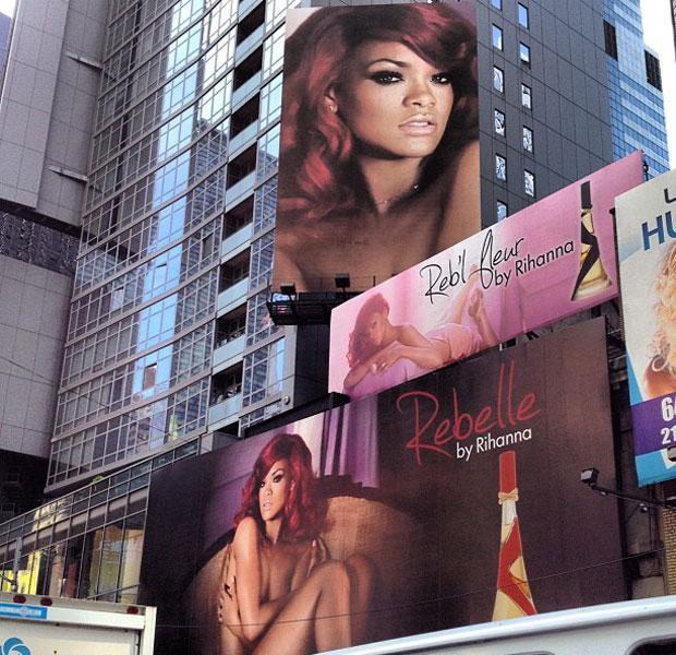 Rihanna Times Square New York Billboard