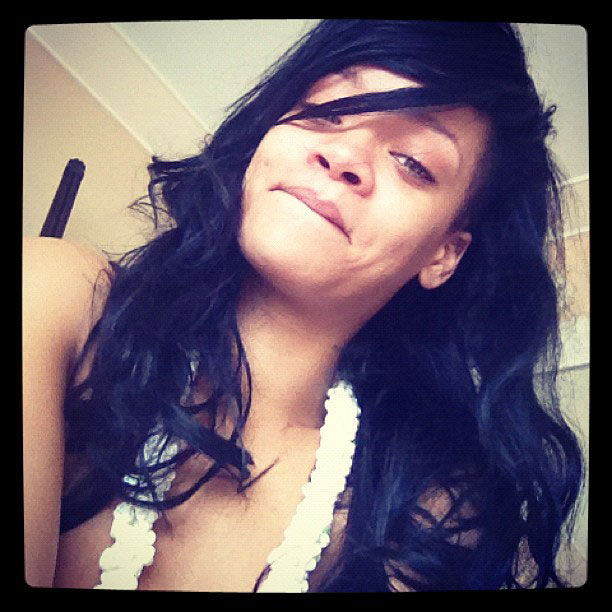 Rihanna with no makeup